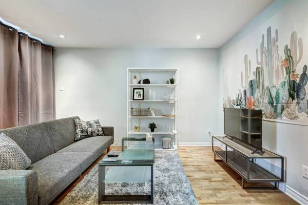 Newly renovated 4 1/2 fully furnished