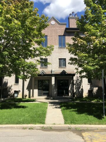 4 1/2 For Rent - Ile Bizard (Fully Renovated)