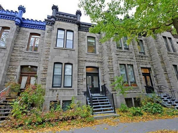 Downtown, 4 Bedrooms, furnished wifi heated, Concordia