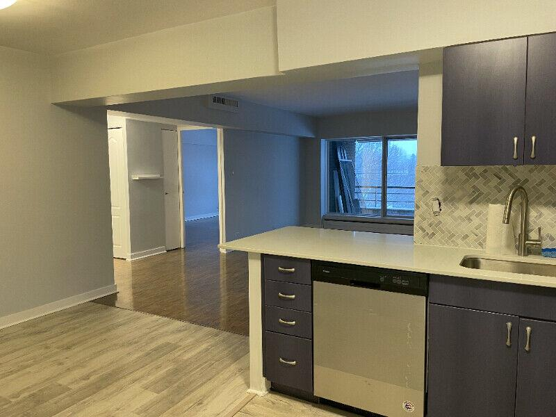 NDG Condo Renovated Incl Heat/AC/Parking/Balcony/New Appliances.