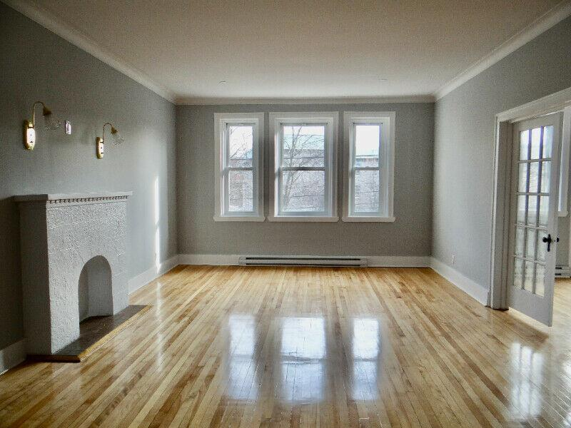 ** 2 MONTHS FREE** RENOVATED CONDO STYLE APT