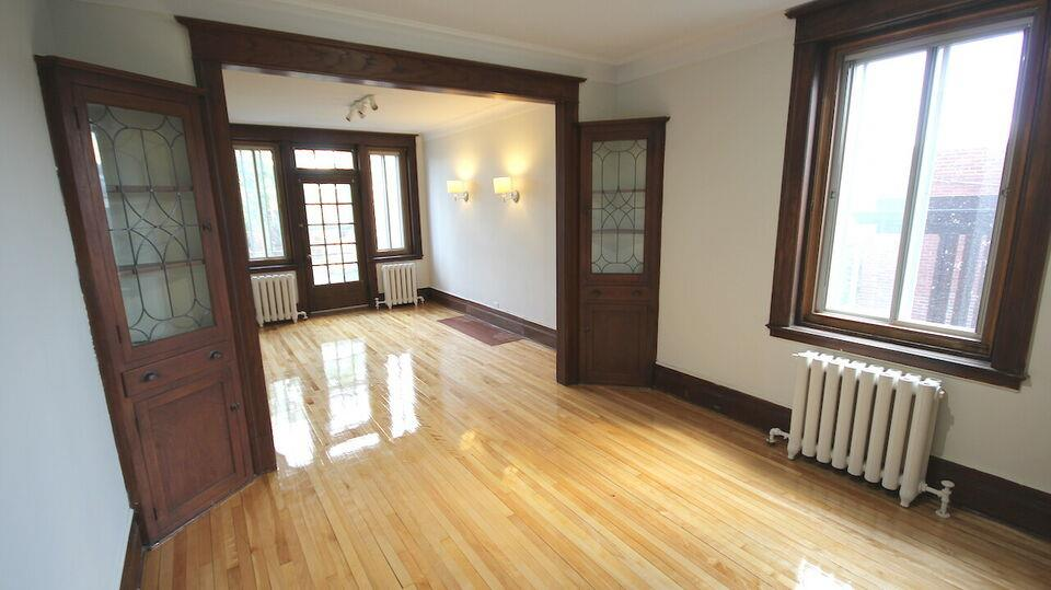 3 bedrooms Outremont / Mile End (Heating Hot water included)