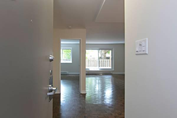 1 bedroom for rent Now - 3½ à louer maintenant - THE CHOPIN #517