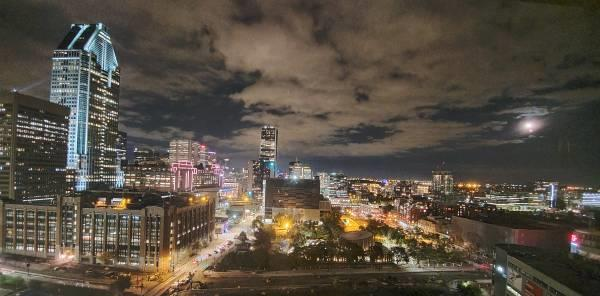Downtown appartment, spectacular view! 2beds + Interior parking