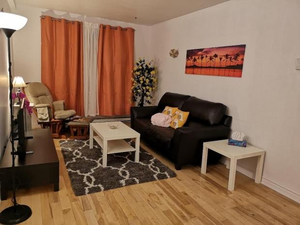 Furnished 41/2 Available Now