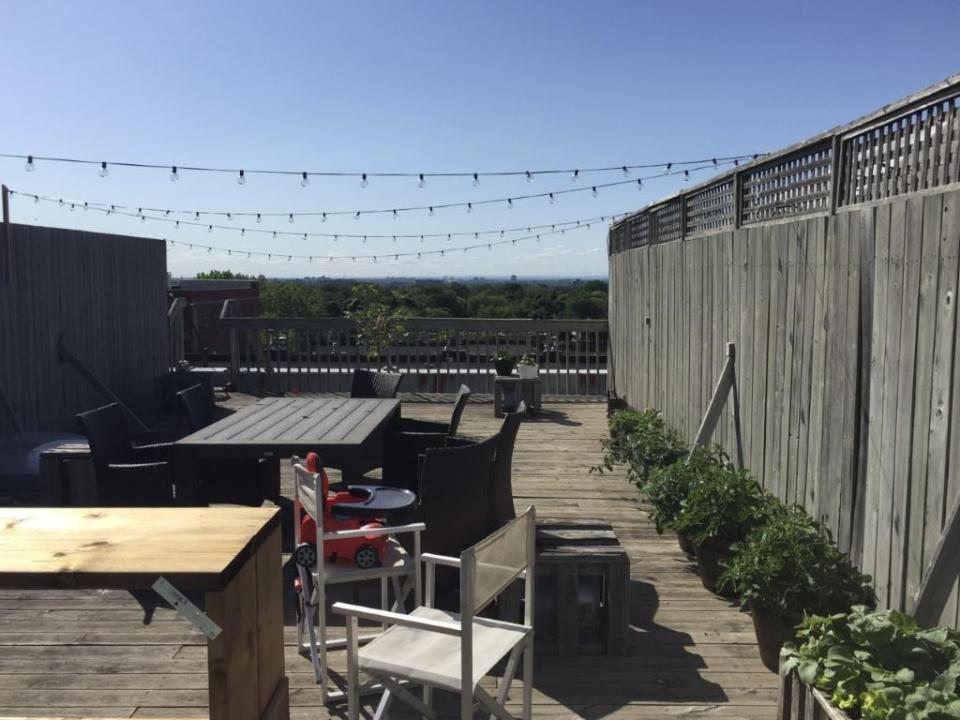 Rare! Beautiful condo with huge private rooftop in Outremont! - April 1st