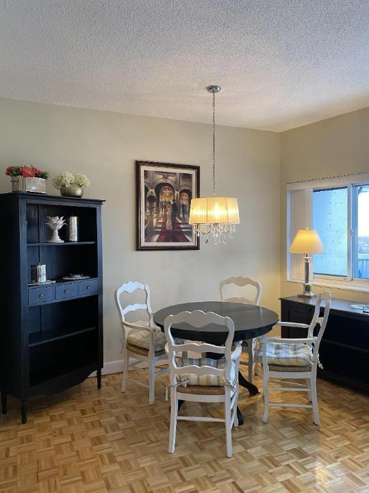Furnished Short Term   West Island    Pointe-Claire