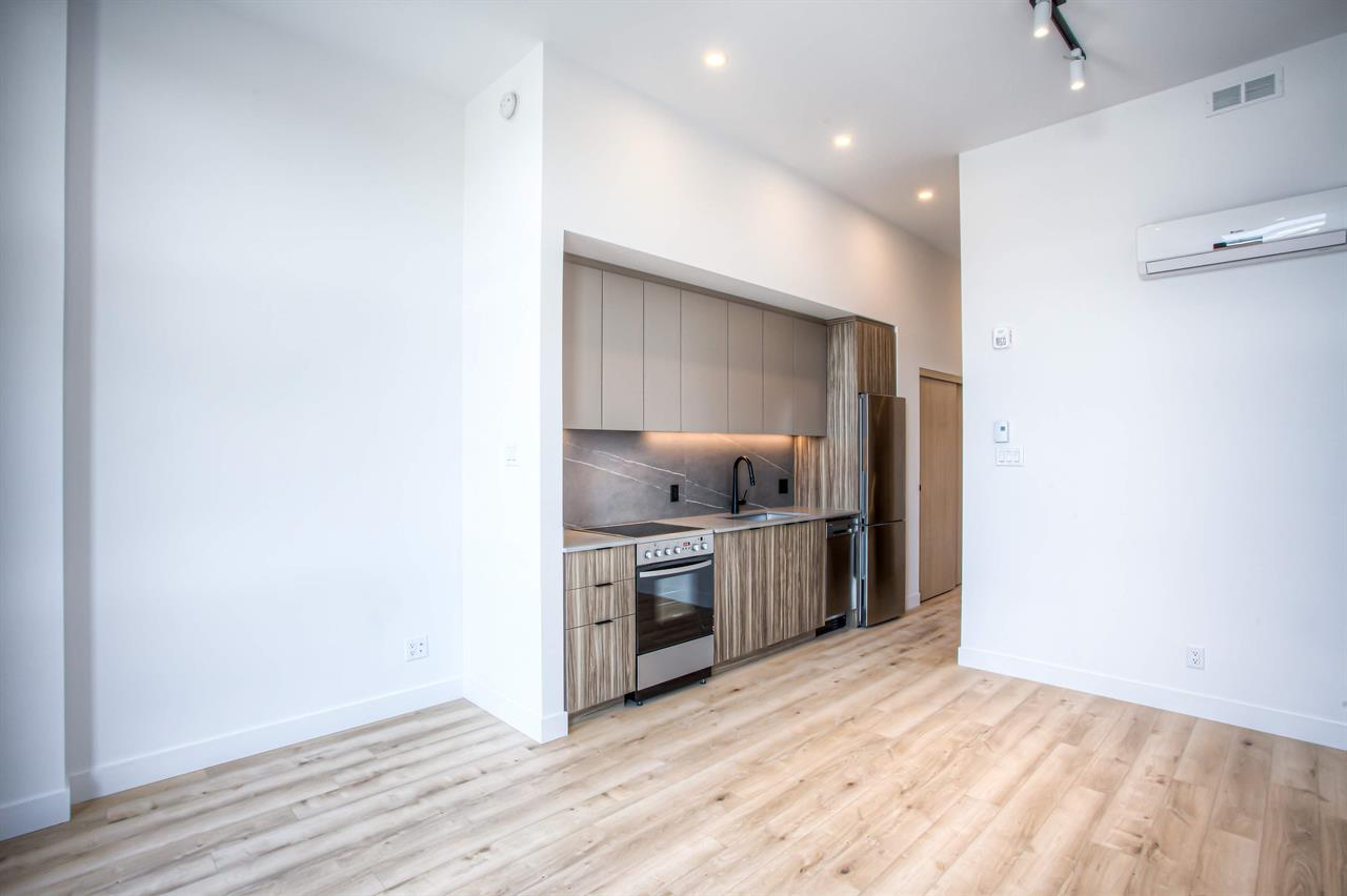 Studio - Outremont - $1,300 /mo