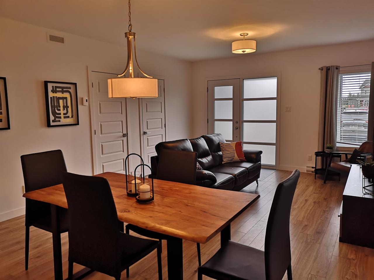 Appartement style condo 3 chambres